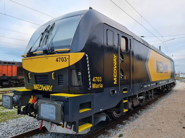 foto-locomotiva-le4700-jan2021.jpg